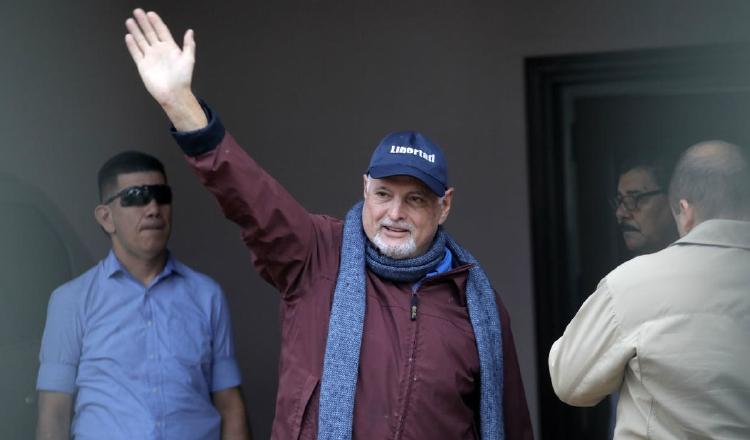 Ricardo Martinelli ha manifestado que la decisión de llamarlo a un nuevo juicio tiene un matiz político. Archivo