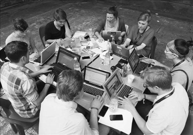 Los retos superan el tema de la seguridad y la disponibilidad de la información. El principal desafío es que los archivistas o archivólogos adecuen su gestión documental a escenarios imprevistos. Foto: EFE.