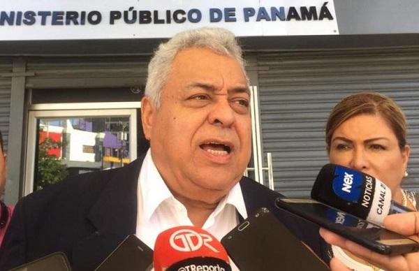 Alejandro Pérez es el abogado de Ricardo Martinelli.