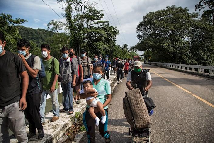 Nuevas caravana de hondureños se convocan por redes sociales. Foto:EFE