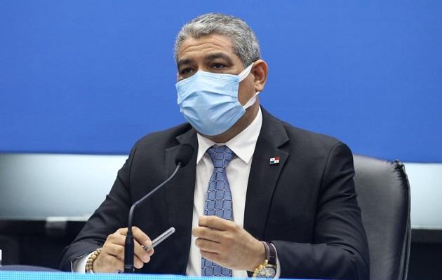 El ministro Luis Sucre hizo un llamado a no bajar la guardia.