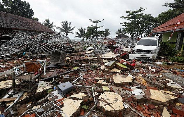 Cantante pierde a toda su banda en tsunami