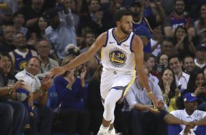 Stephen Curry, referente de los Golden State Warriors. AP