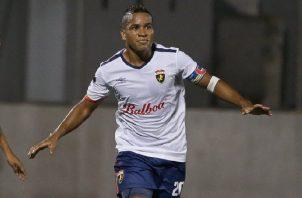 José Murillo celebra su gol sobre Santa Gema. LPF