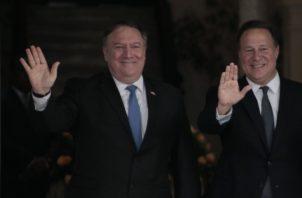 """Plantean a Varela """"algunas preocupaciones"""" de EE.UU. Víctor Arosemena"""