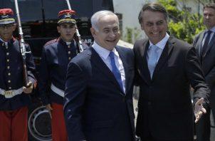 El primer ministro se reunió con Bolsonaro el viernes tras su llegada a Brasil, país que visita por primera vez un jefe de Estado israelí. EFE