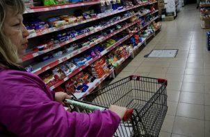 El costo de la canasta básica alimentaria (CBA)  alcanzó en enero pasado 460.95 dólares. EFE