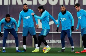 Barcelona tiene seis puntos de ventaja sobre el Madrid. EFE
