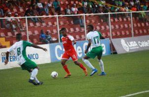 Jhamal Rodríguez (10) anotó el gol del Sanfra. Anayansi Gamez