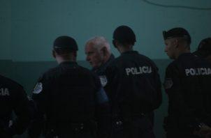 Se dieron tres recesos durante la audiencia de ayer, dos de ellos por la salud del expresidente. Foto: Víctor Arosemena / Panamá América.
