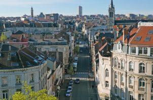 Vista de Bruselas desde la Puerta de Hal. EFE