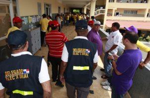Los electores tampoco podrán hacerle publicidad a algún candidato en los centros de votación. Foto: Panamá América