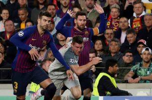 El Liverpool recibirá al Barcelona, que tiene un pie en la final de Madrid, con alguna bajas. EFE