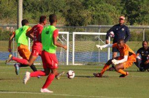 La Sub-17 panameña en los entrenamientos en Florida, Estados Unidos, con miras a su partido contra Guatemala. @Fepafut