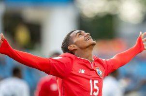 Diego Ezequiel Valanta de Panama celebra su gol. Foto:AP