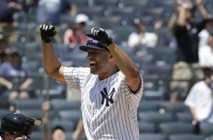 Mariano Rivera en el regreso al estadio Yanqui. Foto AP