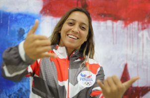 Samantha Alonso, atleta de surf, clasificada a los Juegos Panamericanos. Comité Olímpico de Panamá