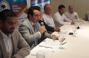 David Román y Alfredo Álvarez, dieron a conocer los detalles. Aurelio Martínez