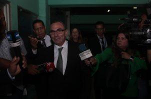 Rolando López a su salida del Sistema Penal Acusatorio (SPA). Foto: Víctor Arosemena