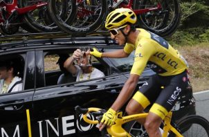 Egan Bernal incluso pensó en dejar el ciclismo. EFE