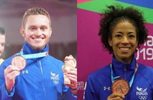 Héctor Cención y Miryam Roper muestran las medallas de bronce que ganaron en Lima. Foto @COlimpicoPanama