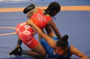 Yusmery Agrazal durante su combate. Pandeportes