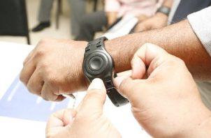 El Código Procesal Penal contempla el uso de localizadores electrónicos como medida cautelar.