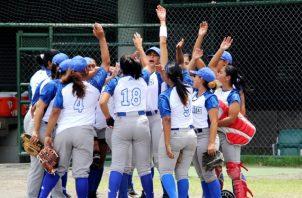 Liga Superior Femenina de Sóftbol comenzó el fin de semana.
