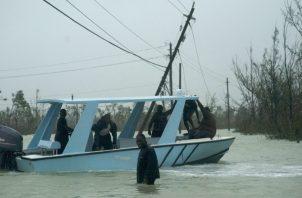 Las inundaciones devastaron miles de hogares y hospitales en los Áticos.