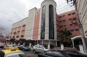 El Hospital Santo Tomás es el único nosocomio público para adultos en el país.