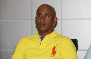 Merón reconoció el potencial que tiene el béisbol coclesano. Fotos Anayansi Gamez
