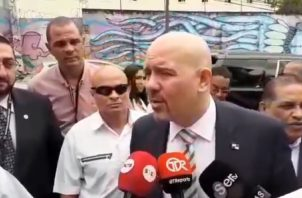 Rolando Mirones presentó su plan de seguridad ciudadana. CORTESÍA