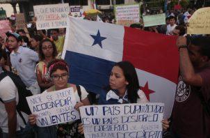 Jóvenes de distintas organizaciones han protestado por más de dos semanas en contra del proyecto de las reformas constitucionales. Víctor Arosemena