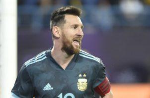 Messi regresó tras la sanción. Foto AP