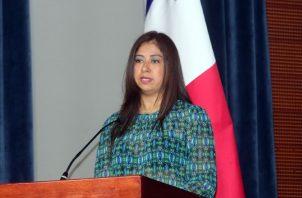 Gina  López, ahora labora en la Oficina de Atención a los Refugiados (Onpar).