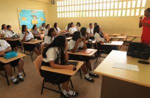 Según especialistas, diversos factores sociales están afectando el desempeño de los estudiantes.  Foto: Archivo