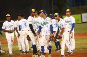 Colón festeja su triunfo sobre Veraguas ayer en el Rod Carew. Foto: Anayansi Gamez
