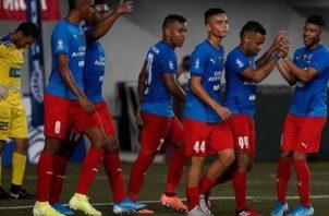 Jugadores de Plaza Amador festejan el gol de Armando Polo. @LPF