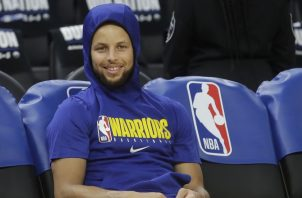 Stephen Curry está ansioso por regresar. AP
