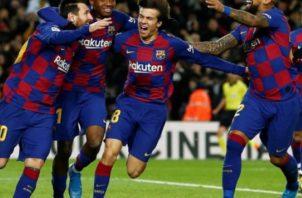 Jugadores del Barcelona Foto: EFE