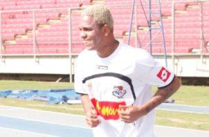 """Nelson """"Russo"""" Barahona durante unos entrenamientos en el estadio Rommel Fernández. Foto: Anayansi Gamez"""