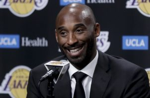 Kobe Bryant fue figura con los Lakers. Foto: AP