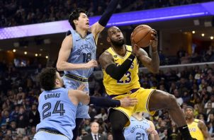 LeBron James (23) de los Lakers. Foto:AP