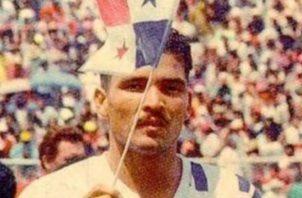 1 Rommel con la bandera de Panamá
