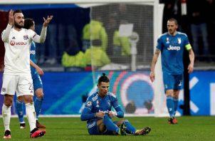 La Juve y el Lyon tienen un partido pendiente. EFE