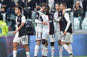 Juventus es el puntero del fútbol italiano. Foto: AP