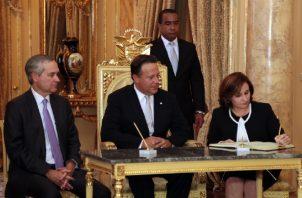 Los Varelaleaks evidenciaron la intromisión de Juan Carlos Varela en el Ministerio Público y su inusual cercanía con la procuradora Kenia Porcell.