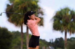 Carla Álvarez se destacó en Florida.