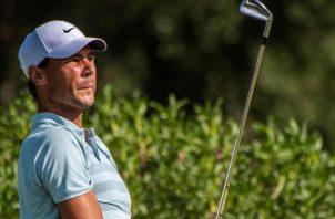 Rafael Nadal, con buen torneo en el golf. Foto:EFE