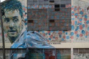 Vista de un mural de Lionel Messi en Buenos Aires. Foto:EFE